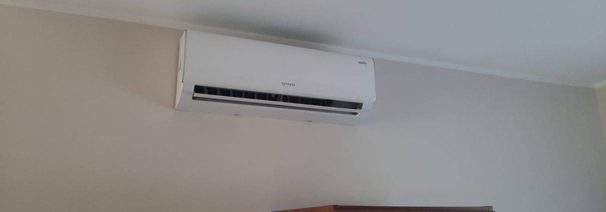 20200505 103534 1210x423 - Montaż klimatyzatorów typu split - Rotenso UKURA